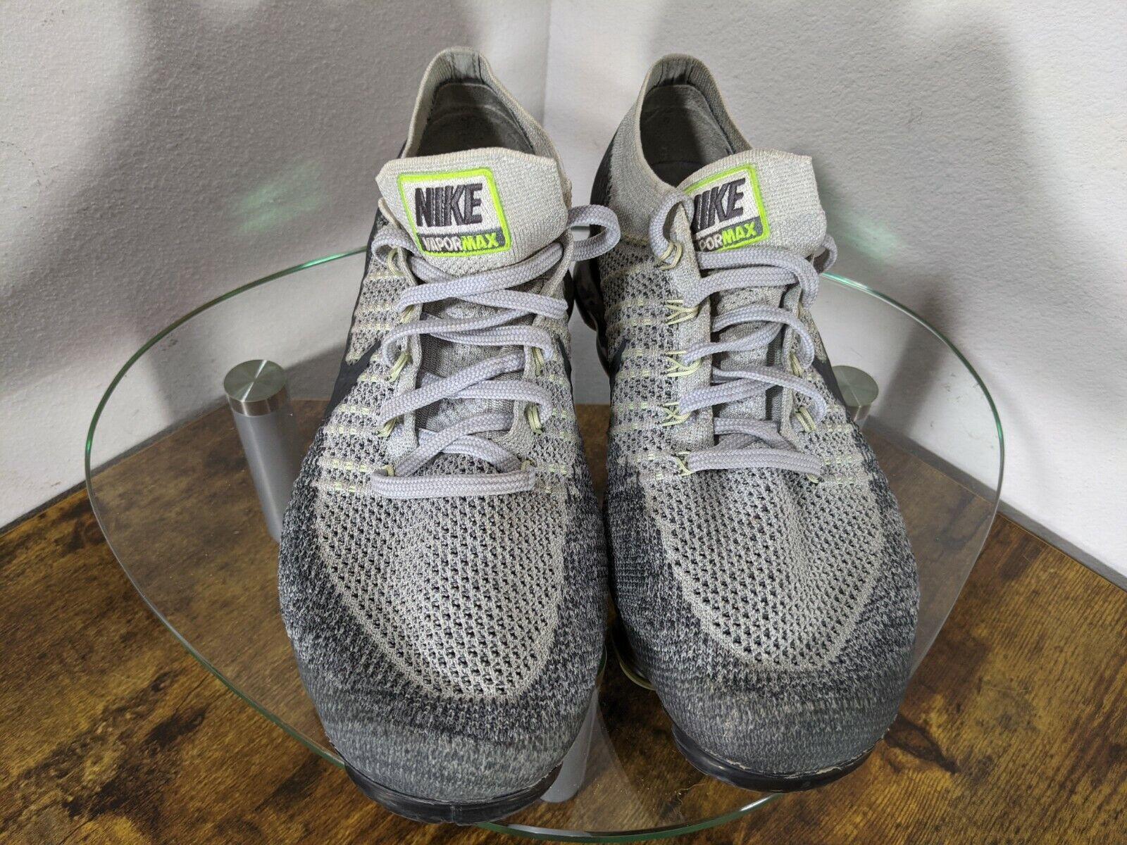 "Nike Air Vapormax Heritage ""Neon"" Mens 10 Gray / … - image 4"