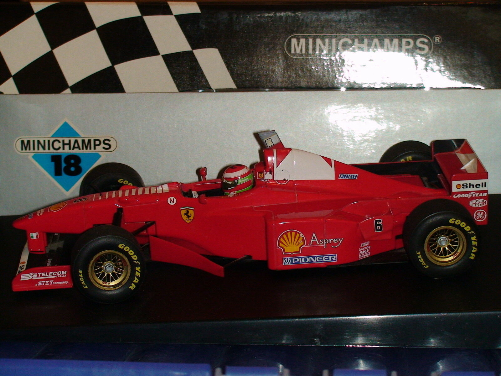 1 18 Eddie Irvine  Ferrari 310B  1997  MINICHAMPS  180-970006