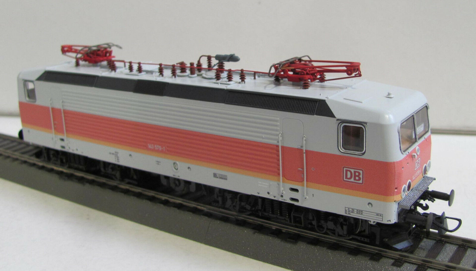 Piko 73330 elektrolokomotive br 143 579-1 de la DBAG EP. V  s-Bahn Friburgo  nuevo