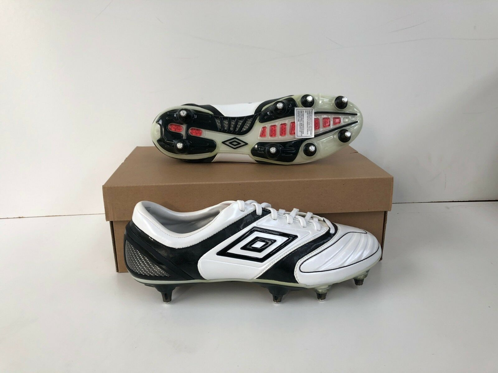 Umbro Men's Stealth Pro A SG Football Boots - White - Various Sizes - New
