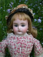 Kling Molde 247 dulce frente Girl Doll. c.1890
