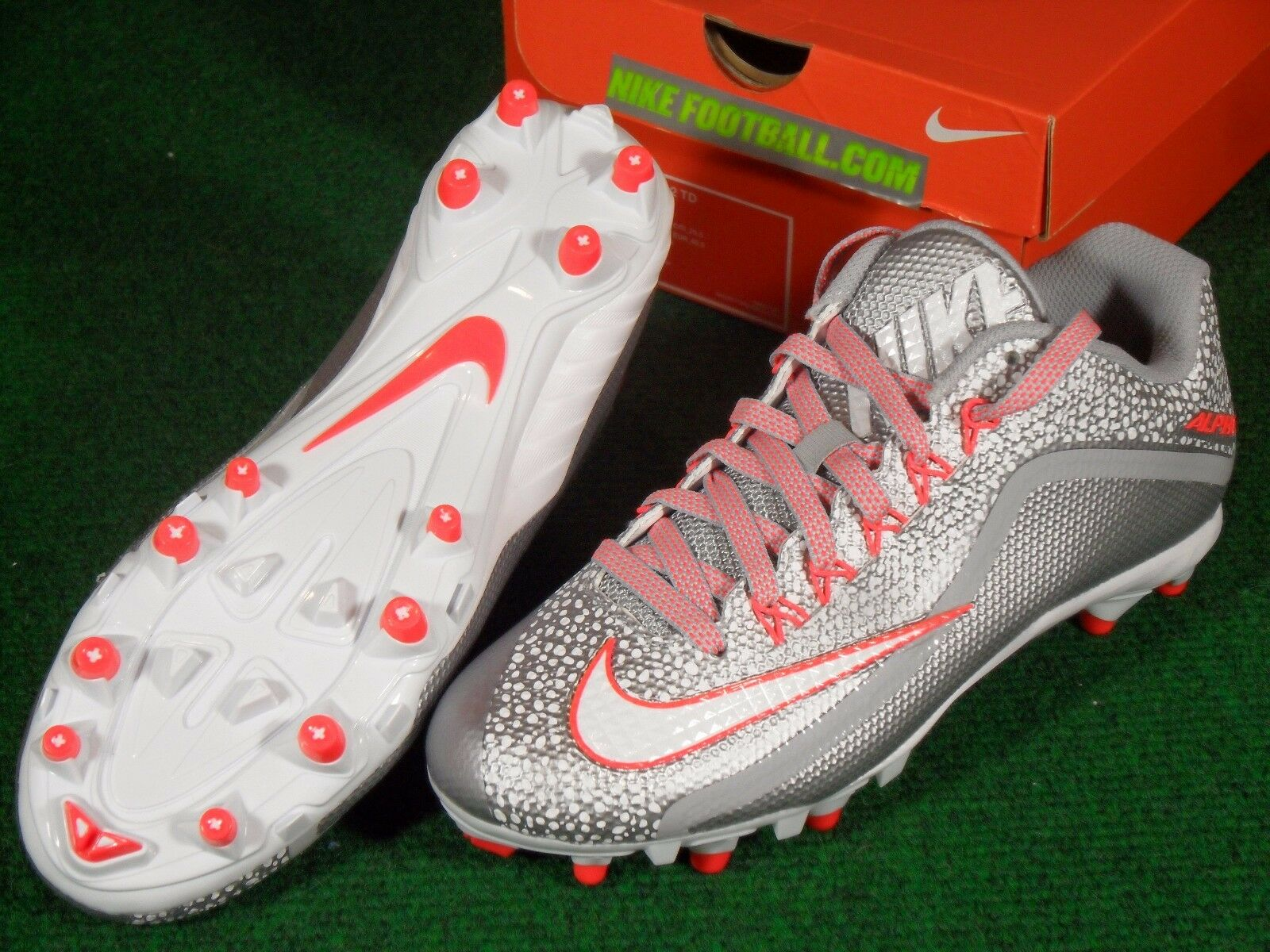 New NIB Nike Alpha Pro 2 TD Football Cleats Wolf Grey Bright Crimson 7.5 719925