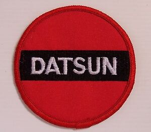 VINTAGE-DATSUN-EMBROIDERED-PATCH-78mm-WOVEN-CLOTH-BADGE-SEW-ON-MOTOR-RACING