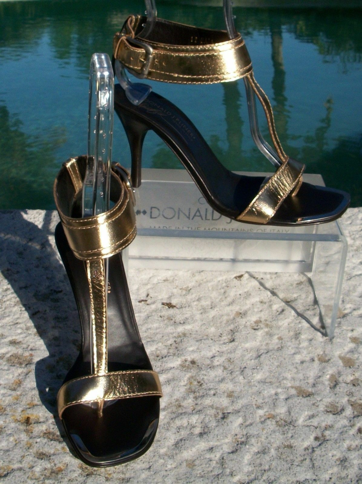 Donald Pliner Couture Platino Platino Platino Metallic Leather schuhe New Gold - Silber  355 NIB a78ce7