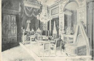 Palace-of-Fontainebleau-Chambre-de-the-Emperor