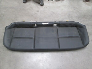 nice 2011 tahoe rear seat cushion leather 3rd row grey ebay. Black Bedroom Furniture Sets. Home Design Ideas