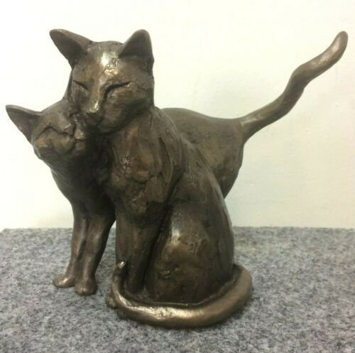 Bronze Figur making friends schmusende Katzen love Freundschaft Liebe Hochzeit