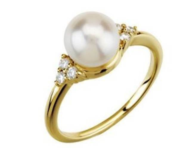 14k Yellow gold 1 8CT Genuine White Diamond and 7.5 8mm Pearl Ring