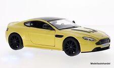 Aston Martin V12 Vantage S metallic-gelb/schwarz - 1:24 MotorMax