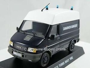 Iveco Daily Autotransporter We Tow Where You Go Flatbed Transporter white 1:43