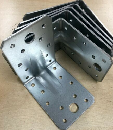 Winkelverbinder 90 x 90 mm mit Sicke Steg Rippe Winkel Bauwinkel Zulassung W9