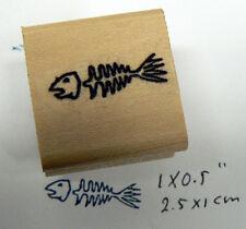 P96  Fish bones rubber stamp miniature WM