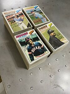 1977 Topps Partial Starter Set Lot Of 376 Diff Mike Schmidt Robin Yount Fisk ++