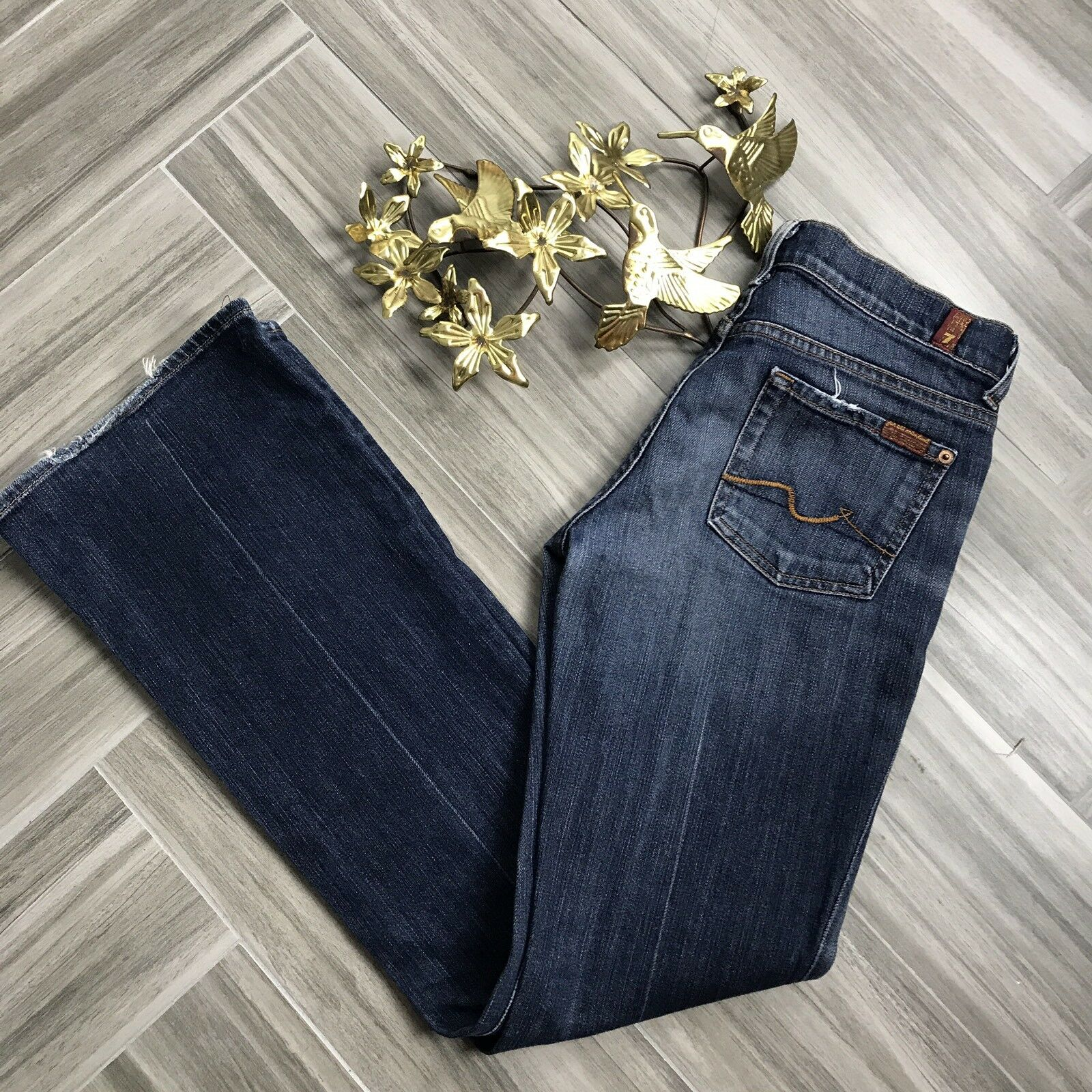 7 For All Mankind Womens Dark bluee Bootleg Jeans Size 26 Casual Low Rise Denim