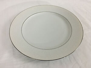 Image is loading Chadds-Ford-Fine-China-Dinner-Plate-Queens-Lace- : china dinner plate - Pezcame.Com