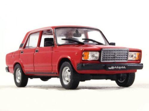 VAZ-2107 Lada Riva Red Kalinka Soviet Sedan 1982 Year 1//43 Scale Diecast Model