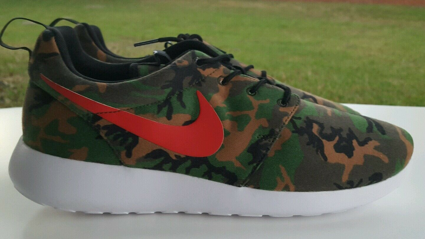 Special limited time NIKE ROSHERUN ID ROSHE ONE SIZE 11.5 616834-962
