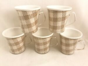 Plastic-Raffia-Ware-Buffalo-Check-5-Coffee-Mugs-Burlap-Mid-Century-Set-Vtg-Farm
