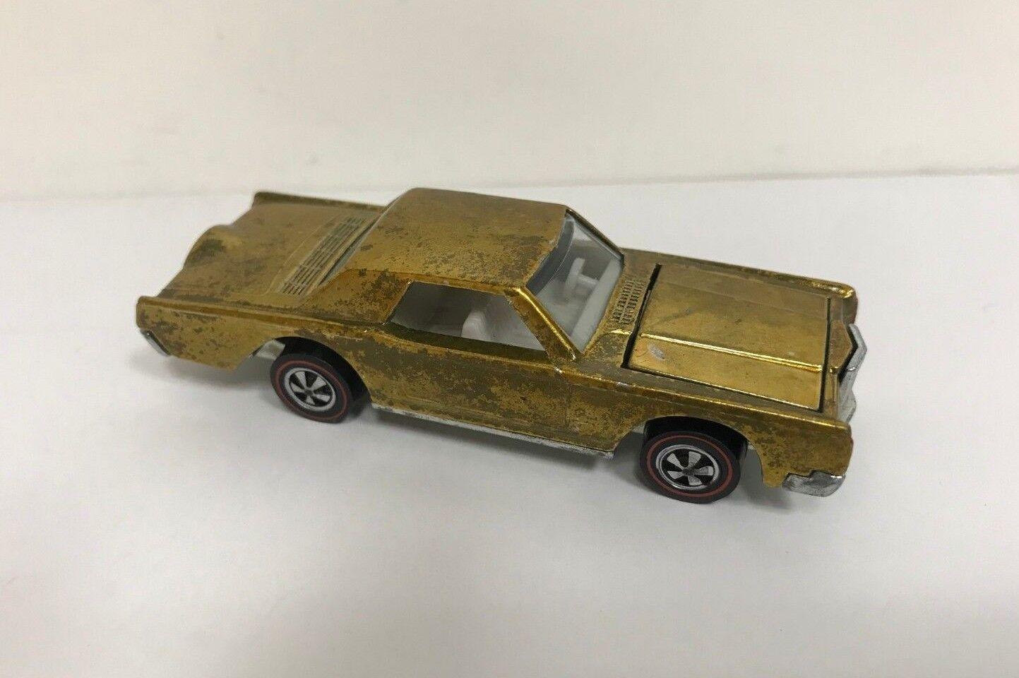Original 1969 Hot Wheels rossoline CUSTOM CONTINENTAL MARK III  USA