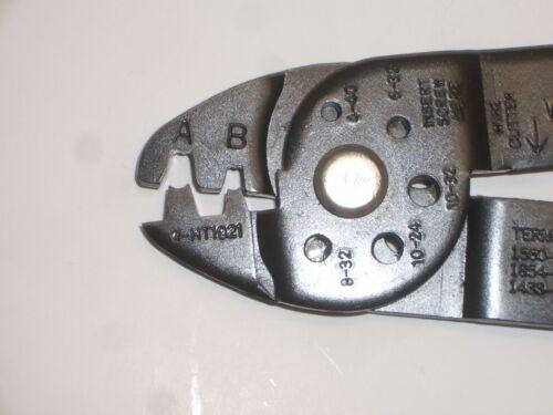 "GC ELECTRONICS W-HT-1921-P MOLEX .062/"" .093/"" CRIMP TOOL 10-20AWG WIRE STRIPPER"