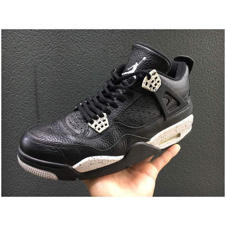 NIKE  airjordan4  oreo28cm  from japan (5436