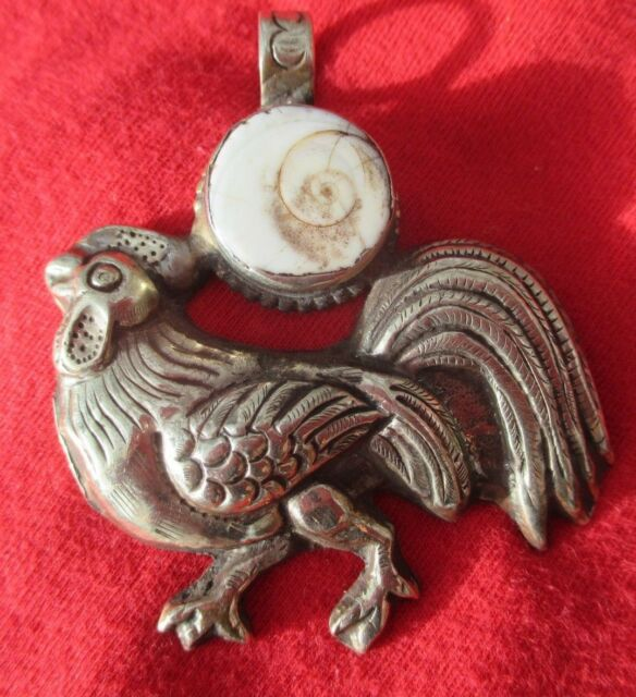 Tantric Buddhist Delightful Embossed Silver Rooster With Polished Shell Pendant