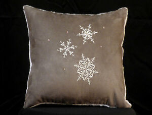 New Embroidered Grey and White Snowflake Accent Pillow New 12 x 12 Insert