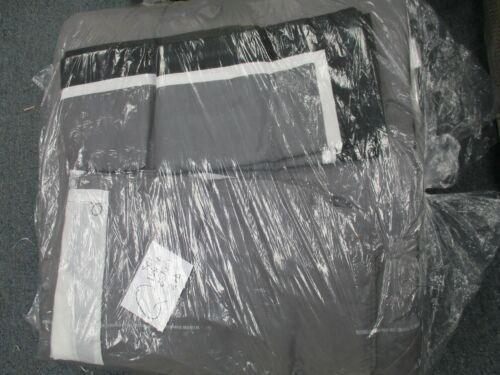 Comforter Set QUEEN Size 4 piece set  absolutely beautiful  BLACK-GRAY-WHITE