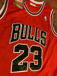 Michael-Jordan-Chicago-Bulls-23-Red-and-Black-Throwback-Mens-Jersey