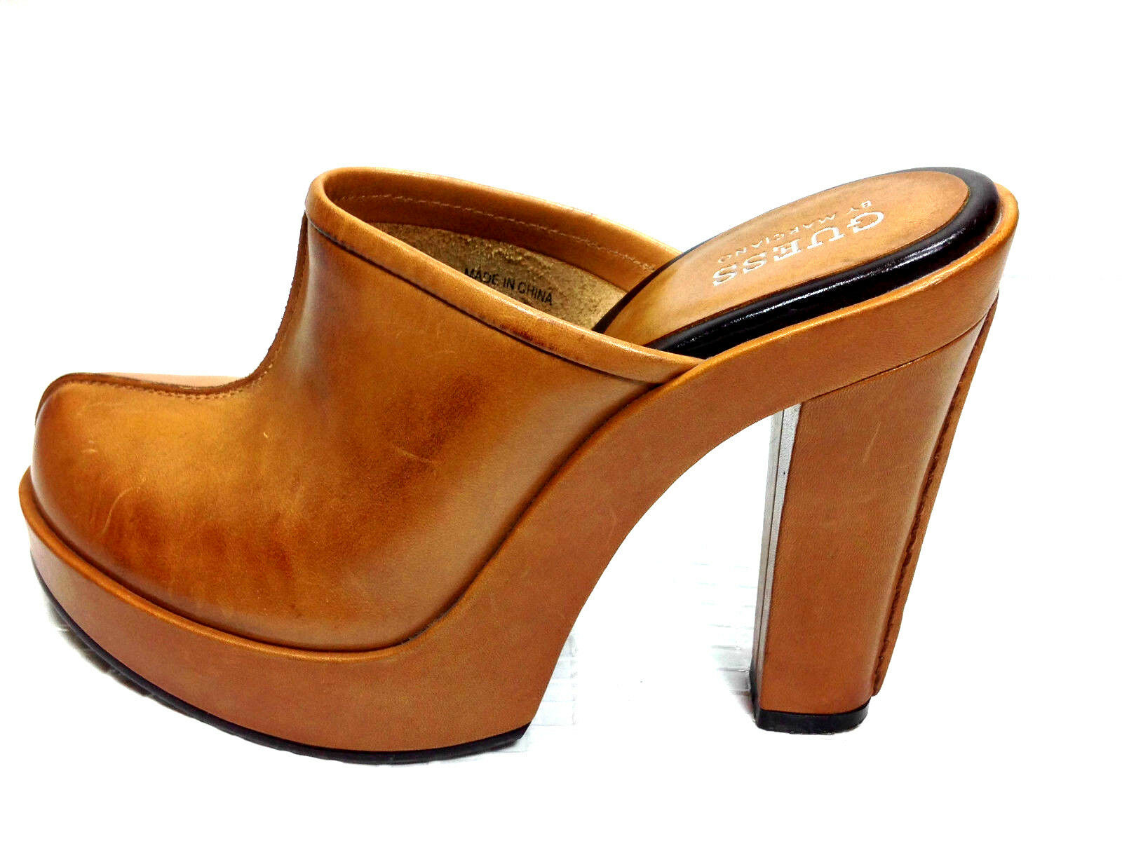 Guess by Marciano Clogs Caramel  Dimensione 5.5  USA.