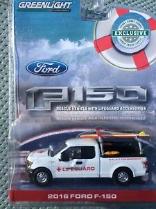 Greenlight   Hobby Exclusive 2016 Ford F-150   Lifeguard w/ Accessories