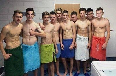 Teen nude locker room