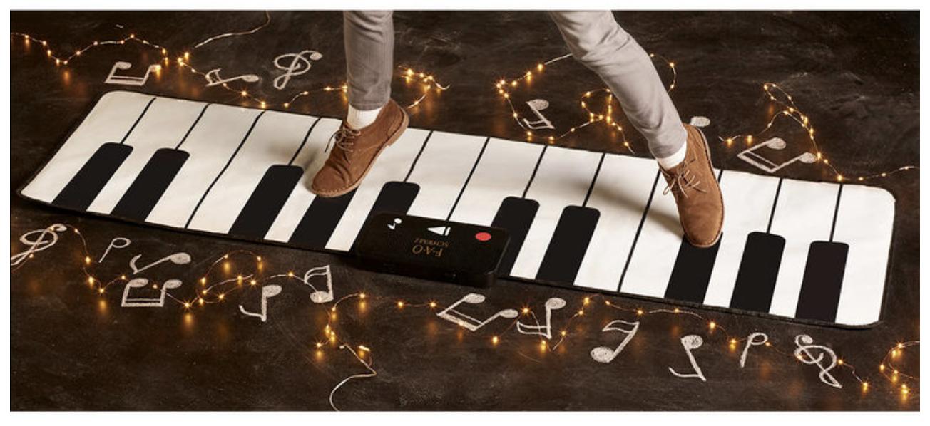 Schwarz Giant Piano Dance Mat (3+ Years)