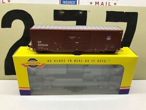 Athearn-Genesis-HO-SP-UP-50-PC-amp-F-Boxcar-Smooth-Side-Road-850046-RTR-NOS