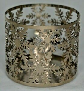Bath-amp-Body-Works-Snowflakes-3-Wick-Candle-Sleeve-Holder