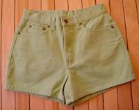 Womens Newport News Jeanology Green Denim Jean Shorts Sz 8 100% Cotton M