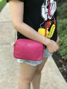 NWT-FURLA-Lilli-PEBBLE-Leather-Crossbody-Zip-Pouch-Handbag-Pink-Gloss