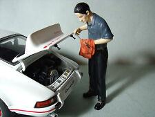 FIGURINE  ALOÏS  RUF  POUR  PORSCHE  911  CARRERA  RSR   VROOM  A PEINDRE  1/18