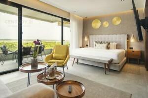 Beautiful Penthouse in Oceanfront condominium in Puerto Morelos P2868