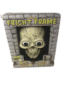 VTG-Halloween-Fright-Frame-Skull-In-Box-For-Parts-Only-Not-Working-Decoration
