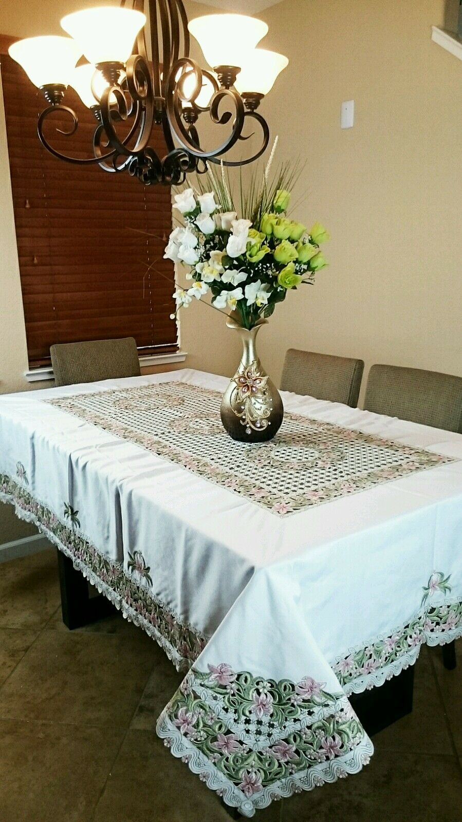 72x108  Embroiderouge Spring Floral Cutwork Embroidery Fabric Tablecloth 12 Napkin