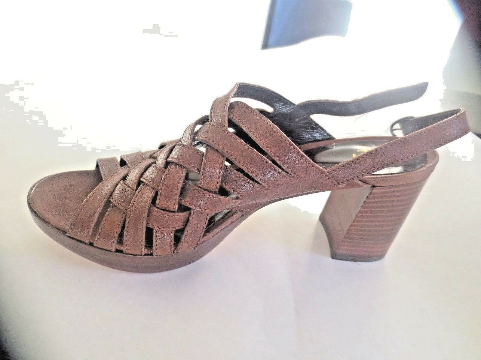 Fru. it sandal brown leather new value 189e sizes 36.5, 40