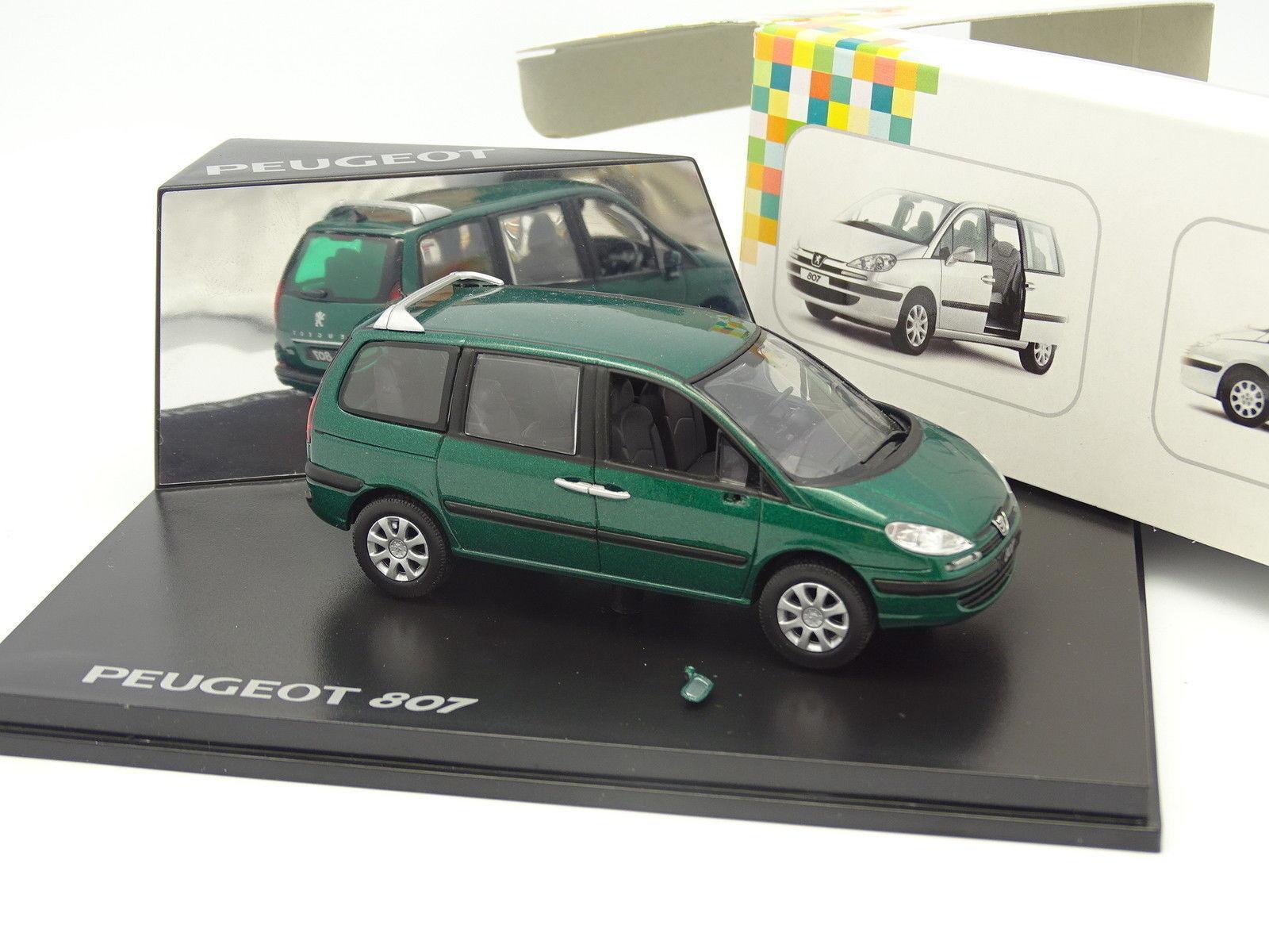 Norev 1 43 - Peugeot 807 Green
