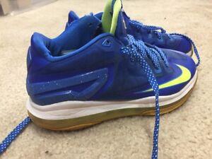 9daa877cceea0 Nike Air Lebron XI Kids Blue Volt Basketball Shoes Size 6.5Y 644534 ...