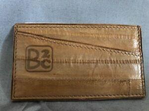 Porte-cartes-cuir-d-039-anguille-beige