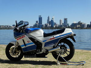 Suzuki-RG500-New-Never-Started-Suzuki-Australias-Own-Pre-Production-Bike