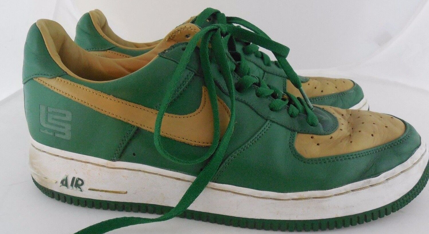 Nike Air Force 1 LTD Lebron James 309063-371 Sz 12/EURO 46 Green/Gold Irish