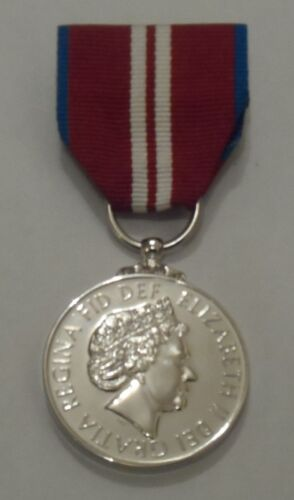 Swing Mounted Official Queens Diamond Jubilee Full Size Medal Army Replacement