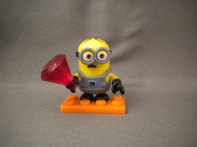 Despicable Me Mega Construx Series 11 Minion with Snorkel Figure