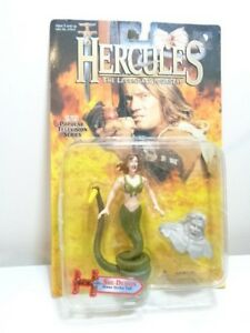 HERCULES-ACTION-FIGURE-034-SHE-DEMON-034-with-Stone-Strike-Tail-1996-MINT-ON-CARD